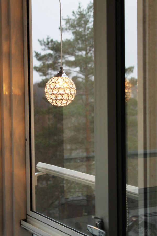 Oriva Pallo kristalli-ikkunavalaisin 13cm (K9)-12317